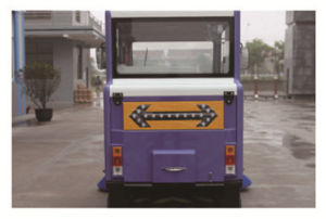Smart Automatic Electric Road Sweeper with Ce pictures & photos