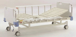Medical Equipment B-10-2 Movable Full-Fowler Hospital Bed pictures & photos