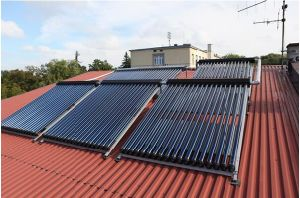 Slope Roof Anti-Freeze Heat Pipe Solar Collector pictures & photos