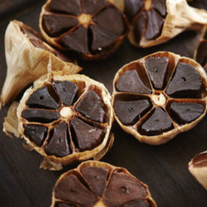 HACCP Certificated Whole Black Garlic for Healthy pictures & photos