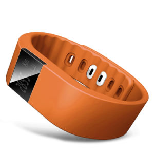 Hot Selling Portable Smart Bracelet Wristband for Kids and Pets pictures & photos