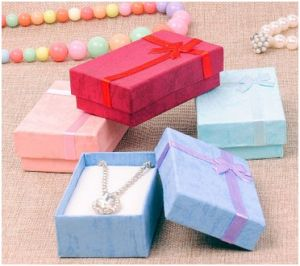 Printing Watch Box, Bowknot Fashion Jewelry Box for Velentine′s Day