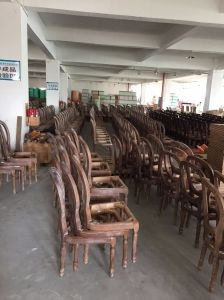 Hotel Furniture/Dining Room Furniture Sets/Restaurant Furniture Sets/Solid Wood Chair/Canteen Furniture (GLD-000102) pictures & photos