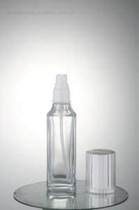 The Pure Whiteness Cosmetic Packaging Glass Bottle Qf-051 pictures & photos
