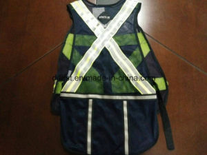 Safety Vest Black Colour with Reflective Caution Band 100%Polyester pictures & photos