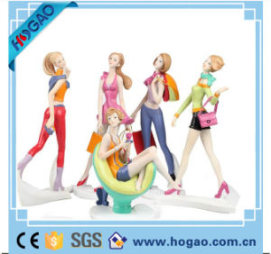 Resin Creative Petty Figurine with Different Action pictures & photos