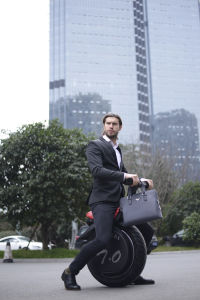 High Quality Aluminium Alloy Electric Smart Balance Unicycle pictures & photos
