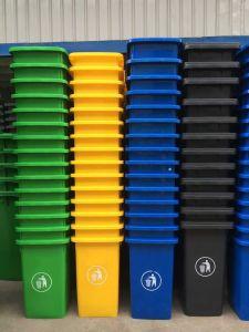 Exporting Wheelie Plastic Bin 120L Contenedor De Basura Garbage Container/Bin pictures & photos