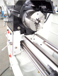 CM6241 Metal Lathe Equipment with Rigid Stand pictures & photos