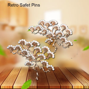 Retro Snow Mountain Conifers Safety Pins pictures & photos