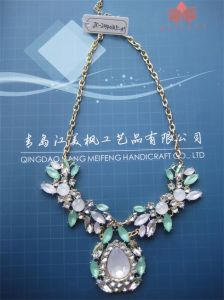 Latest Design Crystal Women Necklace Sets 2014/Natural and Fresh Style Full of Youthful Spirit