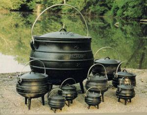 Cast Iron Potjie Pots / Cauldrons