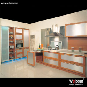 2016 Welbom Natural Spacious Kitchen Cabinet pictures & photos