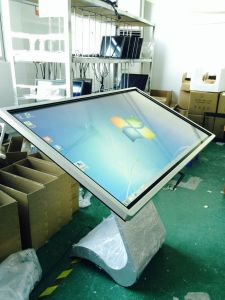 "55"" Infrared Touch Screen Network Advertising All-in-One PC pictures & photos"
