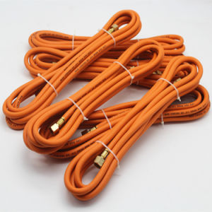 "1/4"" Inch B. P 60 Bar Orange Colour Gas Flexible Hose for Family Gas Cooker pictures & photos"