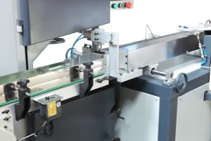 Full Automatic Toilet Tissue Cutter Machine pictures & photos
