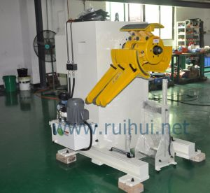 Uncoiler Which Have Manual or Pneumatic Models Can Be Selected pictures & photos