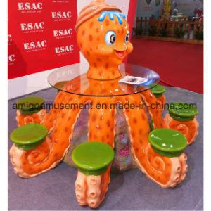 2017 Fiberglass Decoration Table and Chair Set pictures & photos