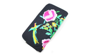 Top Fashion Dyed and Embroidered Women Fabric Wallet pictures & photos