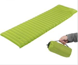 Inflatable Camping Mat No Pump Outdoor Camp Tent Sleeping Pad Breathable Damp-Proof Single Air Mat Mattress pictures & photos
