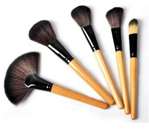24PCS Professional Makeup Brushes Set Make up Tools Horse Hair Brush Kit of Cosmetic with Bag pictures & photos