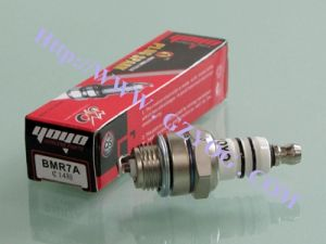 Yog Motorcycle Spare Part Spark Plug Bmr7 14cm Short pictures & photos