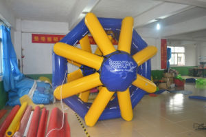 Water Game Inflatable Floating Spinner for Sale pictures & photos