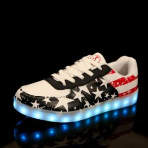 Unsex Colorful Tenis Shoes LED with 7 Colors 11 Modes pictures & photos