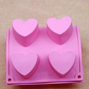 Heart Shaped Food Grade Silicone Soap Mold/Ice Cube Tray pictures & photos