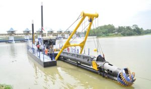 China Portable Cutter Head Suction Dredger pictures & photos