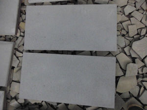 Natural Honed Polished Basalt Blue Stone for Driver Paver pictures & photos