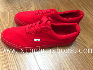 Red Canvas with Fabric Shoes pictures & photos