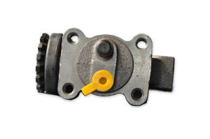 Brake Wheel Cylinder for Isuzu Nkr/Nqr/100p pictures & photos