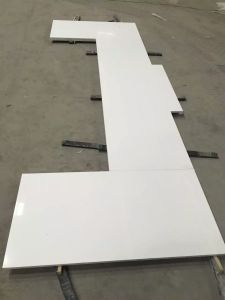 Kitchen/Bathroom Beige Granite/Marble/Artificial/Quartz/Stone Formica/Soapstone Solid Surface Wholesale Prefab Quartz Countertops pictures & photos