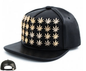 2016 Snapback in Gold Cannabis Studs Flag Leather pictures & photos