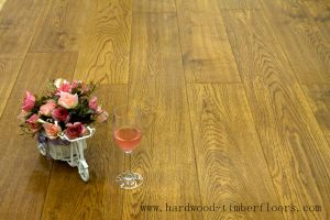 Popular High Quality Low Cost Oak Parkay Paquet Wood Flooring pictures & photos