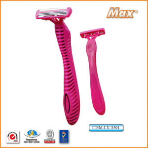 Plastic Platinum Coated Triple Stainless Steel Blade Disposable Razor (LV-3501) pictures & photos