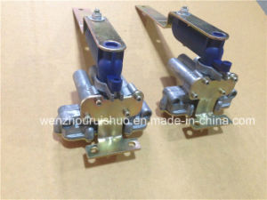 1118884 Levelling Valve Use for Truck Replacement Parts pictures & photos