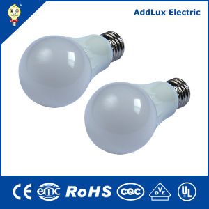 CE UL 220V E27 Warm White 5W LED Bulb pictures & photos