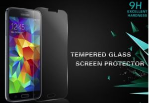 Tempered Glass Screen Protector 0.3mm Thickness 2.5D for Samsung A9 pictures & photos