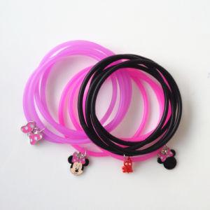 Disney Jewelry-Muti-Layer Rubber Pendant Bracelet Minnie Charm Bff Bracelet pictures & photos