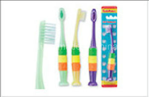 Ball Kid Toothbrush (6-12years) pictures & photos