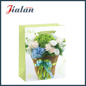 Gloss or Matt Laminated with Flowers Paper Carrier Gift Bag pictures & photos