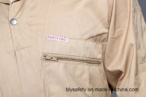 100% Polyester Cheap Dubai High Quality Safety Coverall (BLY1012) pictures & photos