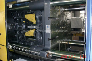 PC Transparent Shoe Sole Injection Molding Machine pictures & photos