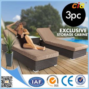 Guaranteed Quality Most Popular Rattan Beach Sun Lounger pictures & photos