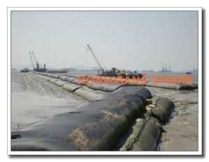 Geotube Geobag Woven Geotextile for Embankment in Beach pictures & photos