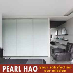 Sliding Door Acrylic White Bedroom Wardrobe Furniture pictures & photos