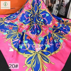 90*90cm Twill Satin Silk Printed Fashion Lady Square Bandana pictures & photos