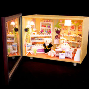 DIY Doll House with Light Kids Adult Toys Gift pictures & photos